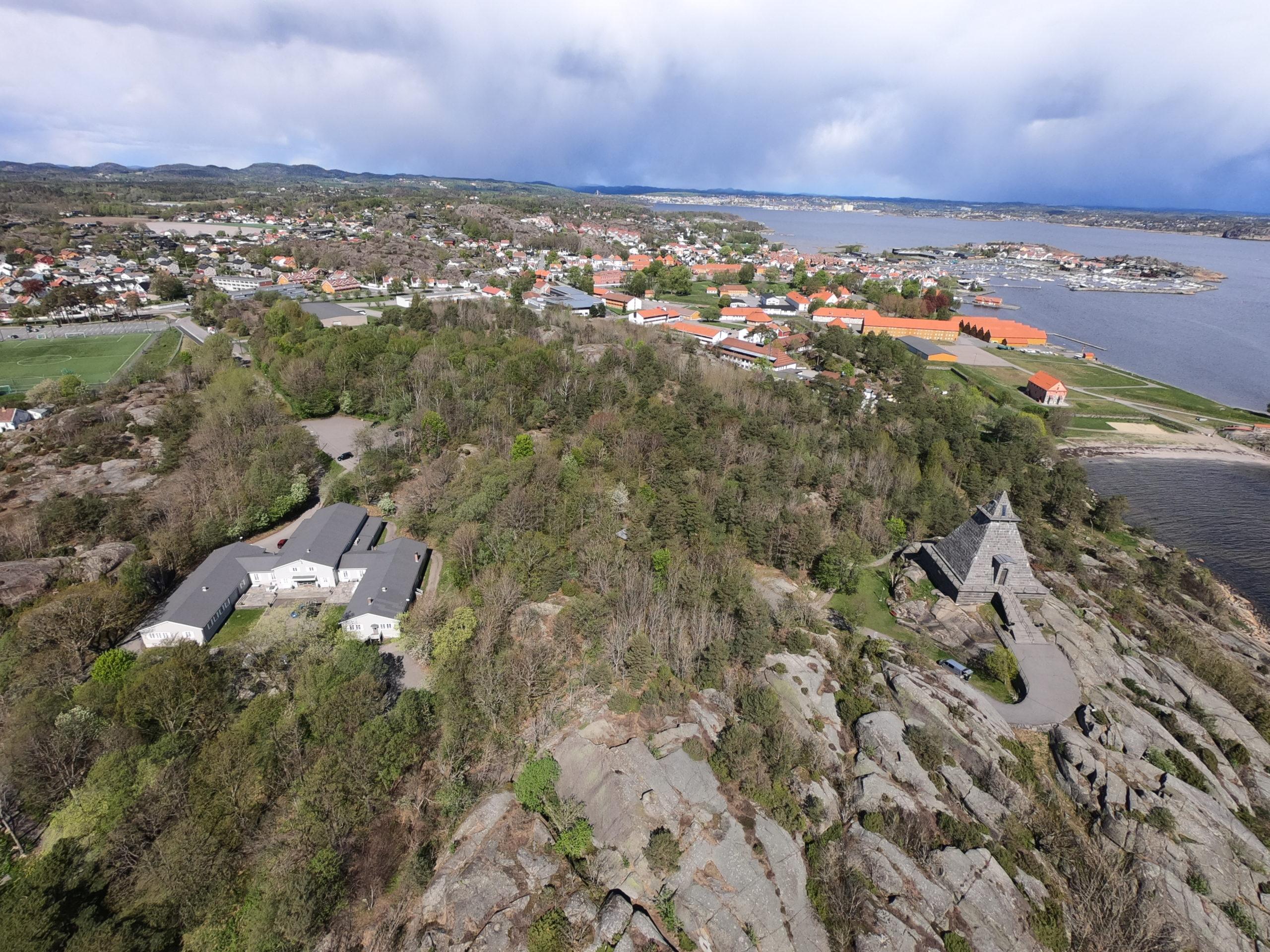 Minnehallen sett fra luften